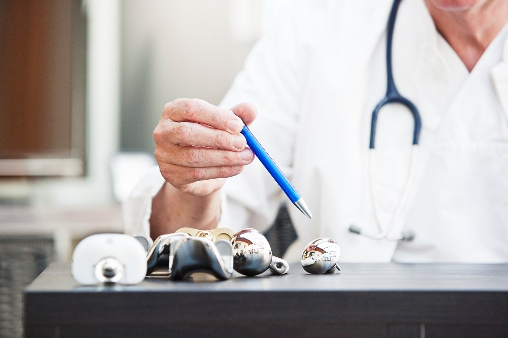 Respiratory Infections, Repeat Surgeries Up SSI Risk in Total Joint Arthroplasty