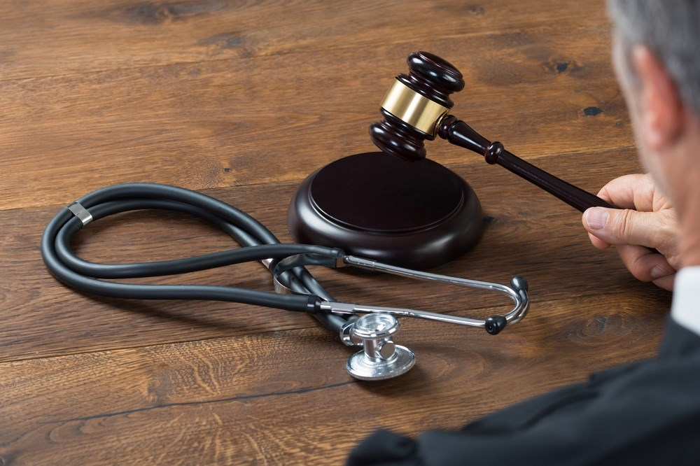 Rate of Paid Malpractice Claims Decreased by Half in US
