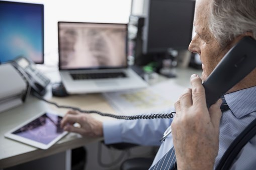 A telephone contact or consultation in which general advice is given does not place liability on the consulting physician.