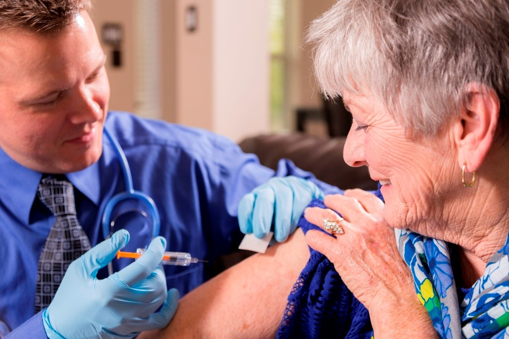 Patients with rheumatoid arthritis or psoriatic arthritis have significantly low influenza vaccination rates with less than half of them receiving the influenza vaccine.
