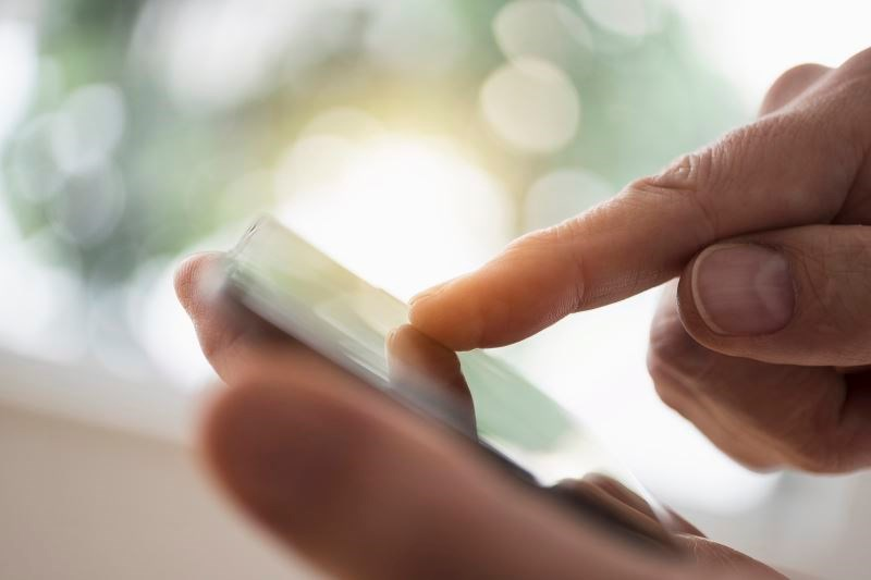 Smartphone App Uses Fingernail Bed Images to Detect Anemia