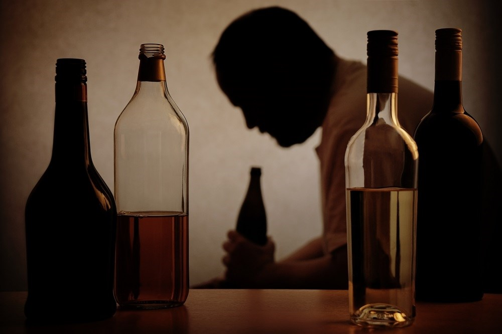 In the bivariate analysis, loss from care was associated with depression, alcohol use disorder, higher levels of internalized stigma, and decreased quality of life.