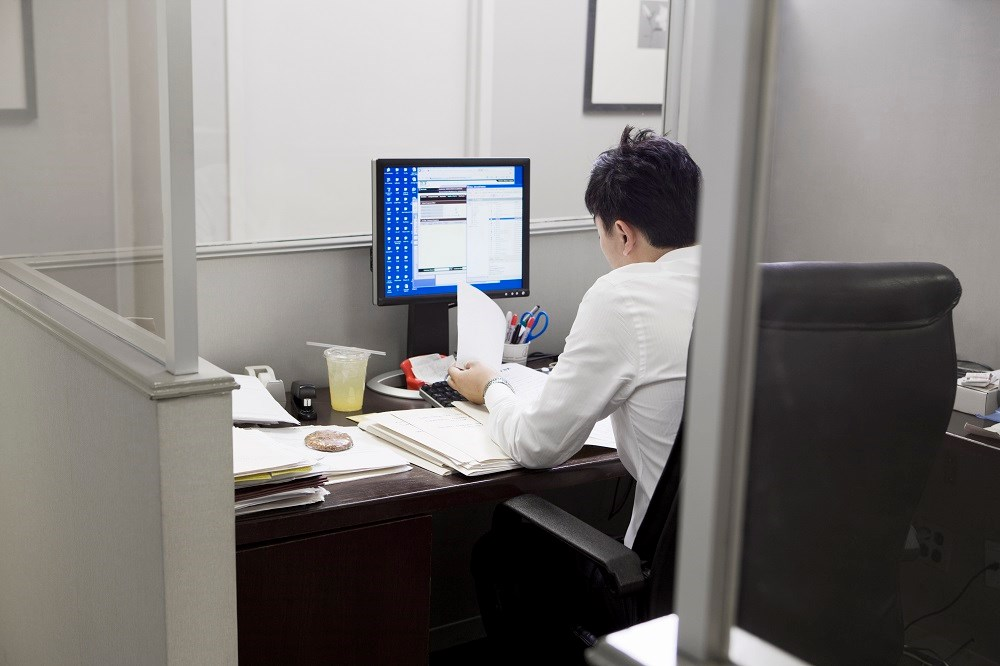 Inactivity, Prolonged Sitting Tied to Urinary Tract Infections in Men