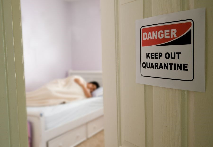 Does Isolating Clostridium Difficile Carriers Shorten Outbreak Duration?