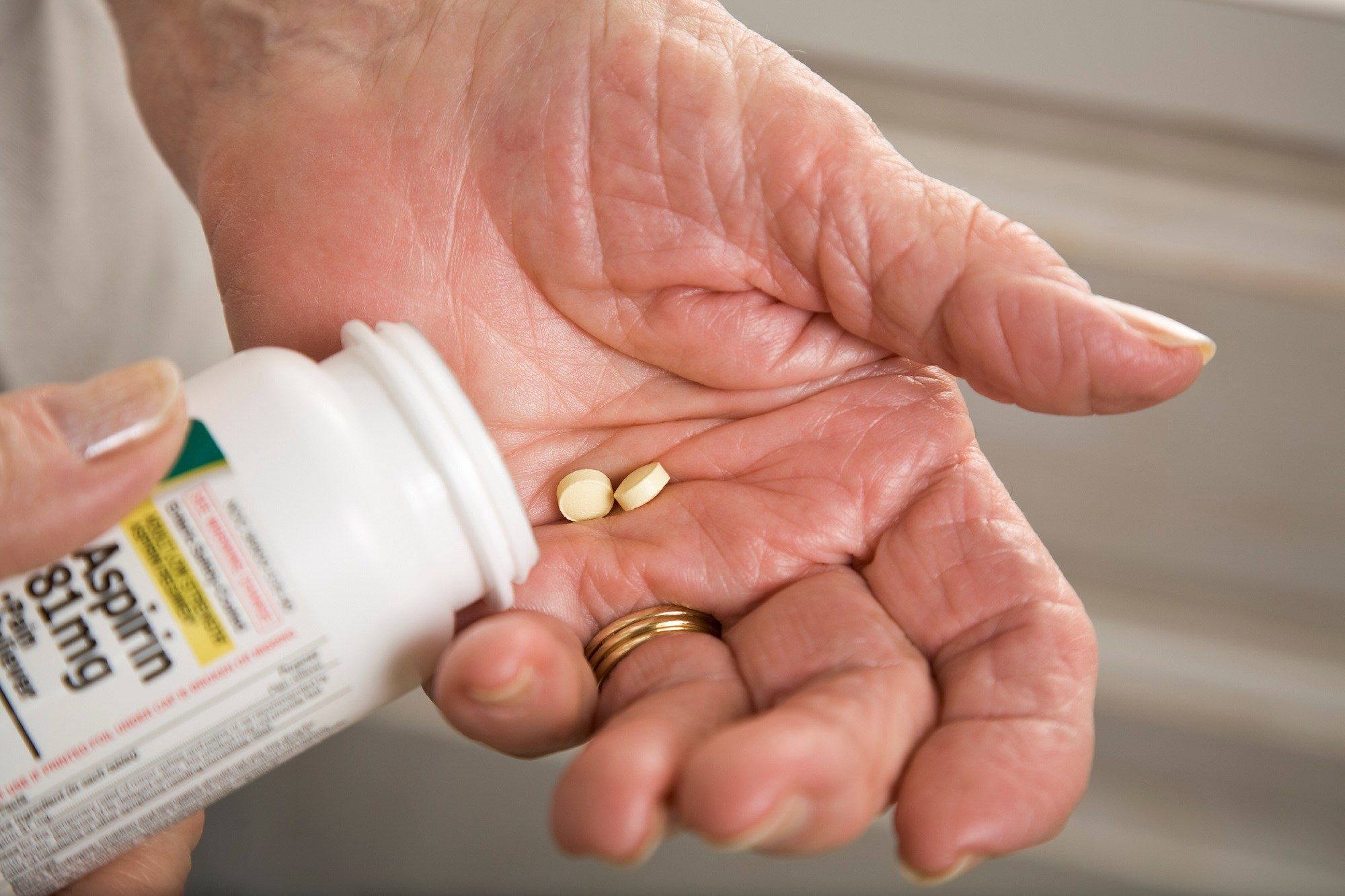 The use of aspirin in healthy elderly patients as a preventative strategy was associated with no prolongation of long-term disability-free survival compared with placebo.